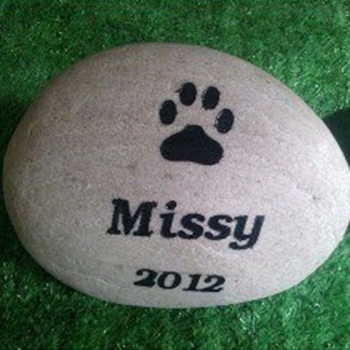 Shop-pet-memorial-stones-1